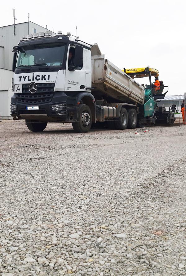 Tylicki Transporte GmbH - Transport - Fertigertaugliche Fahrzeuge